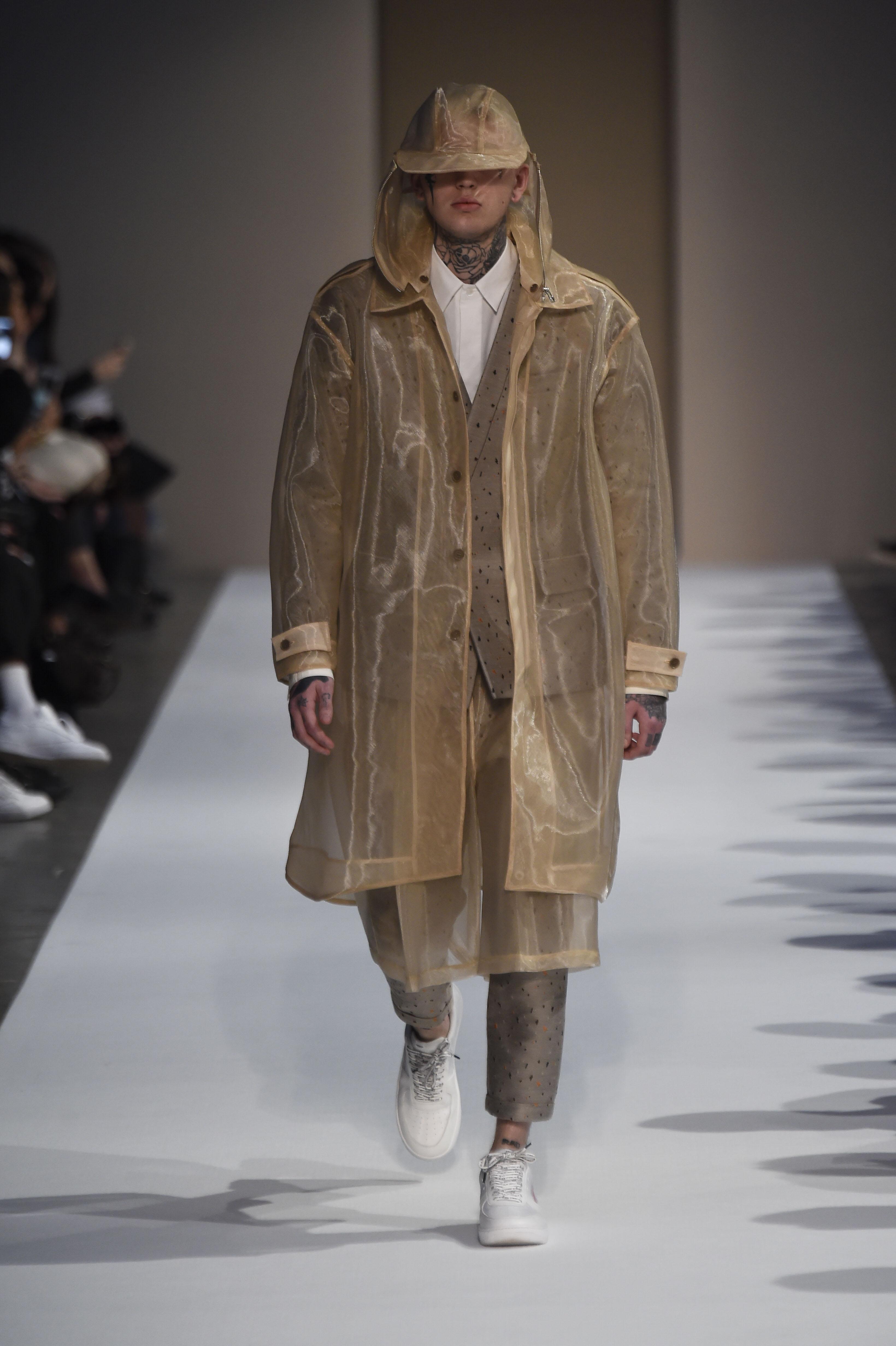 2018 Autunno Inverno 2018 19 Milano Moda Uomo - MFFashion.com ac647b8f157