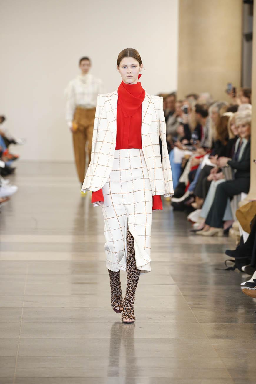 2019 Autunno Inverno 2019 20 London Fashion Week - MFFashion.com 188552d8f30
